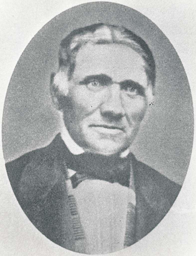 Vårgårda. Statens Järnvägar, SJ. Fredrik Sundler, Vårgårdas förste stins mellan 1857-1859. Kortet är taget före 1868 och Sundler avled 1868 efter en tids sjukdom.