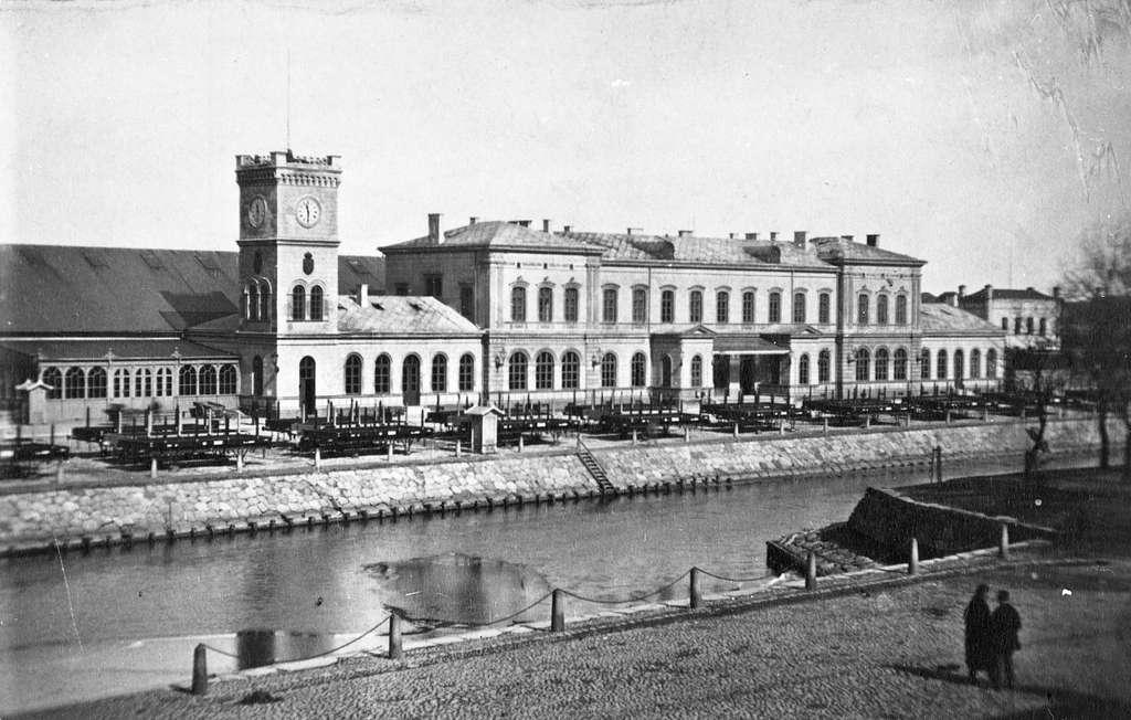 Malmö Central invigdes 1856.