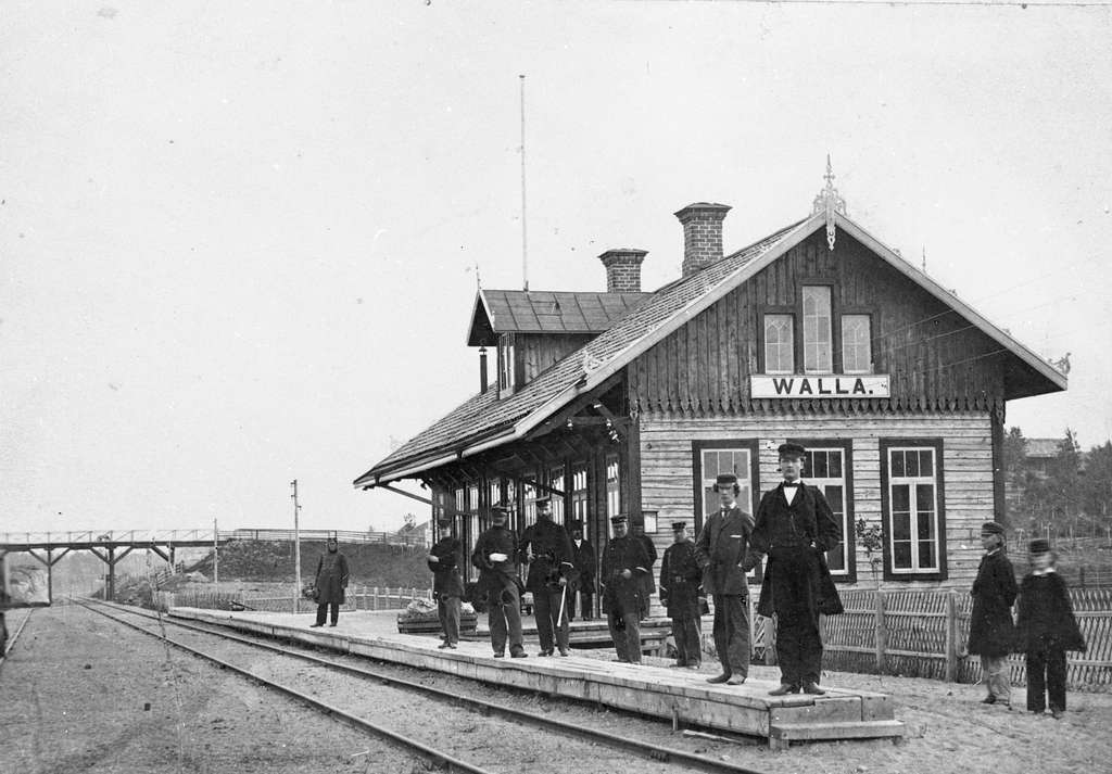 Valla station.