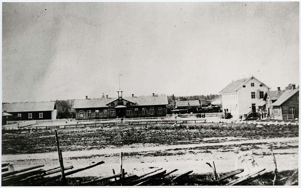 Det första stationshuset.