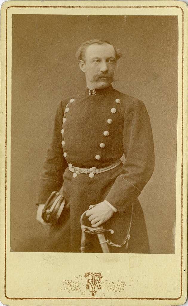 Porträtt av greve Carl Gustaf Wilhelm Sinclair, löjtnant vid Andra livgrenadjärregementet I 5.