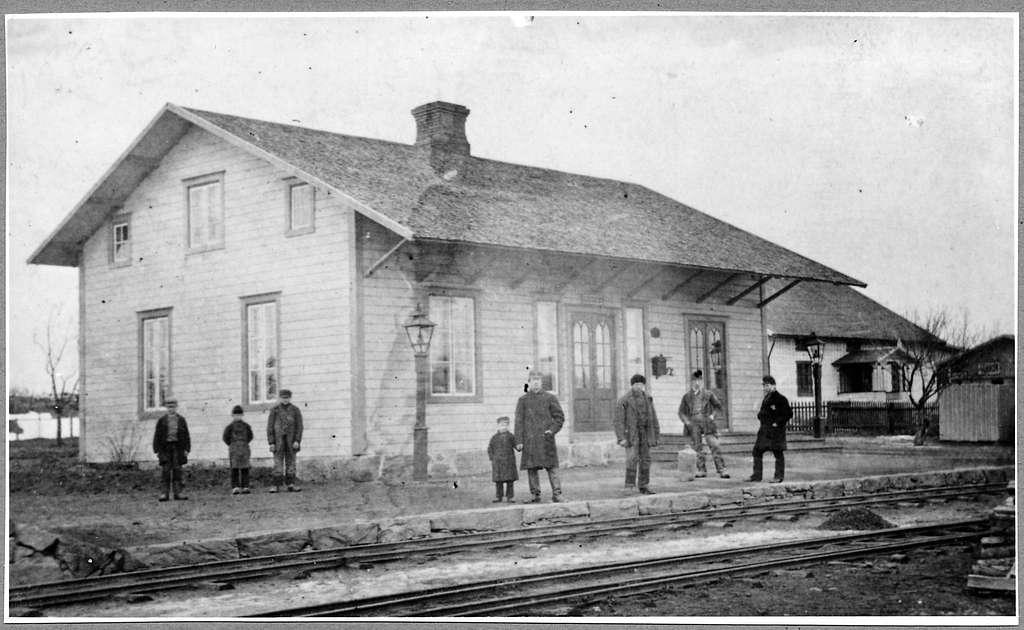 Blidsberg station.