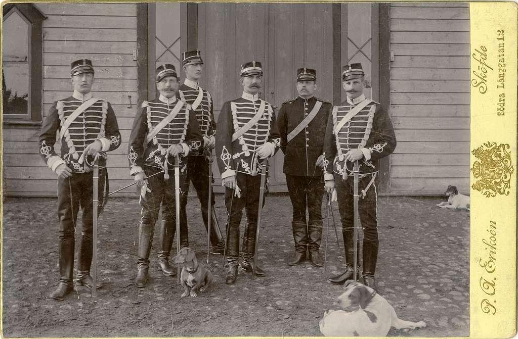 Befäl vid Wadsbo skvadron av Livregementets husarer år 1894.För namn, se bild nr. 2.