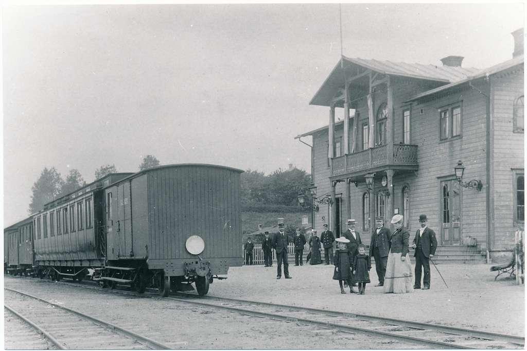 Ulricehamn station. Slutsignal.
