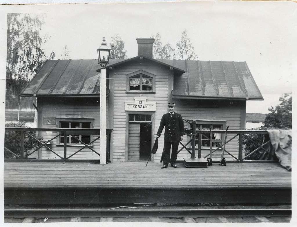 Korsån station.