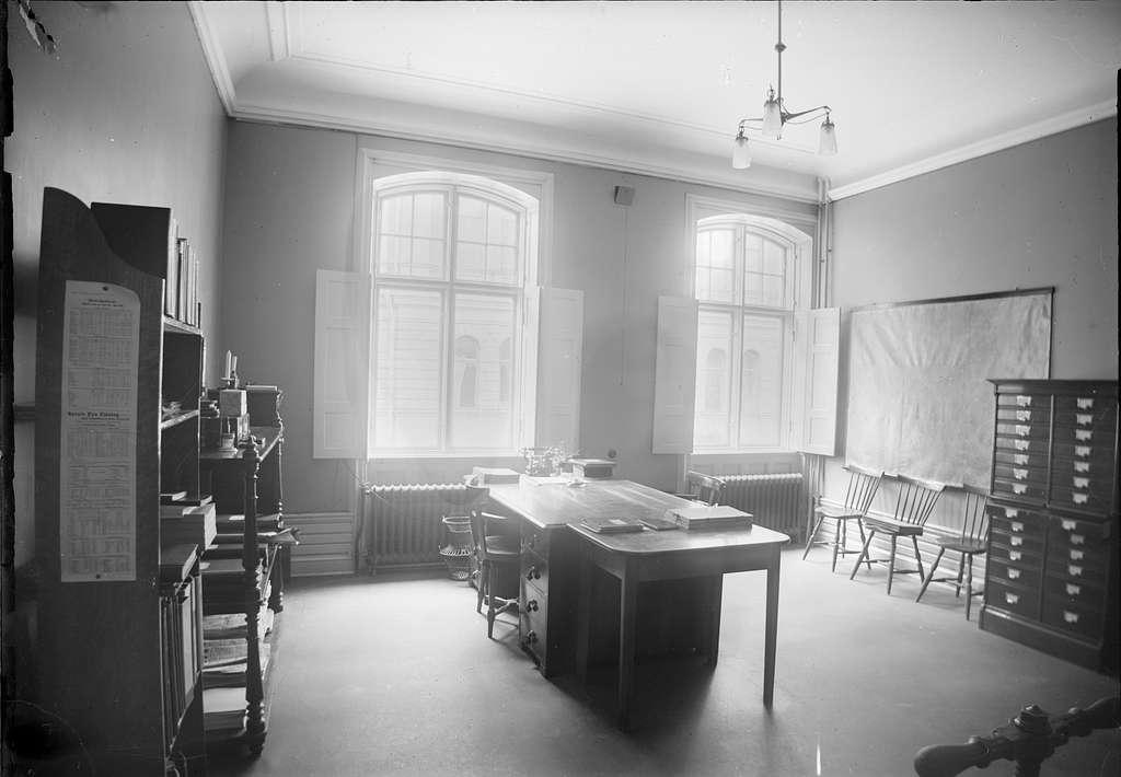 Kamrerskontoret på bottenvåningen, Sprithandelsbolaget, Uppsala 1909