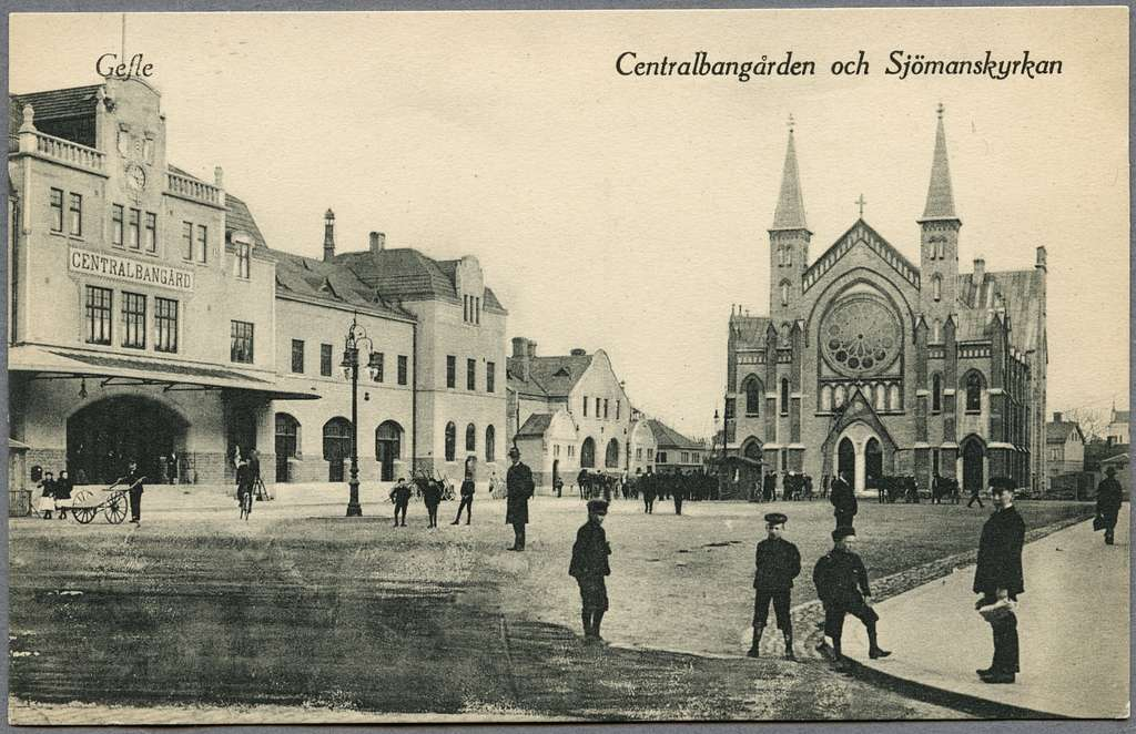 Gävle centralstation och Sjömanskyrkan.