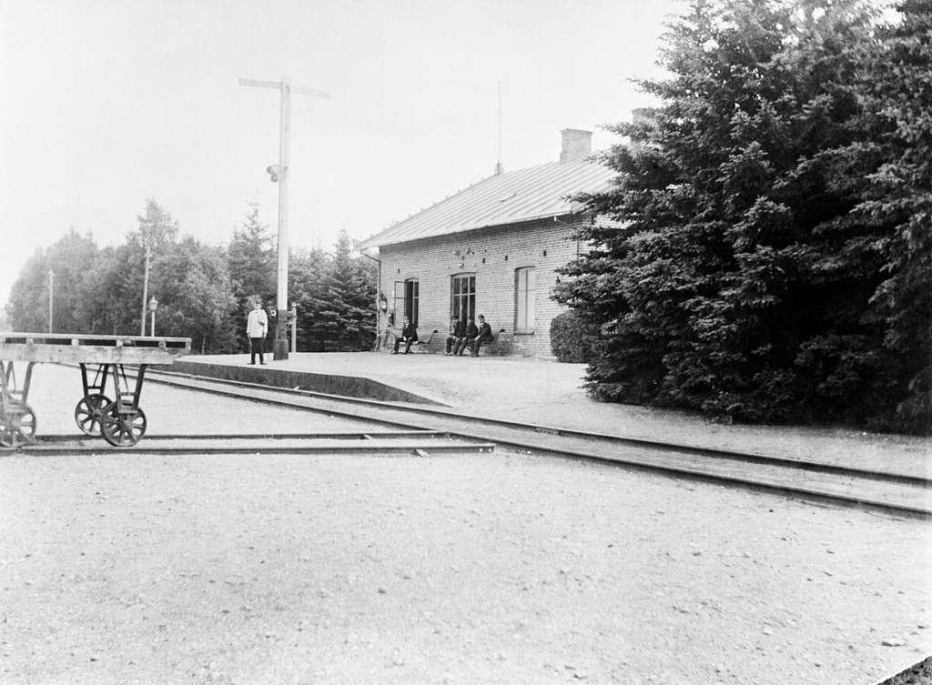 Malmö - Tommelilla Järnväg, MöToJ,  Sövdeborg järnvägsstation.