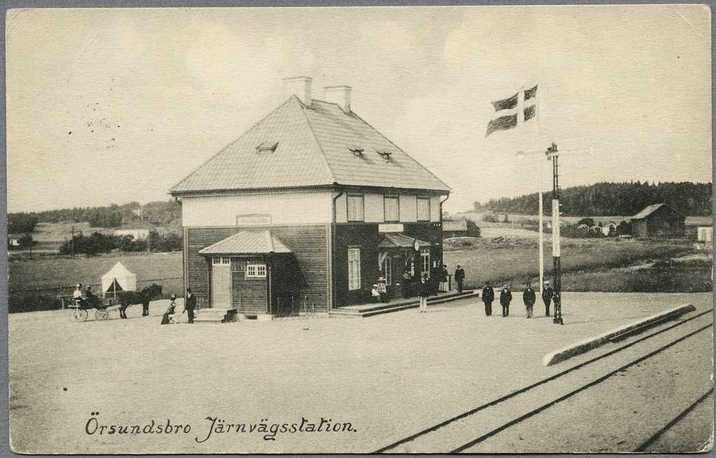 Järnvägsstationen i Örsundsbro.