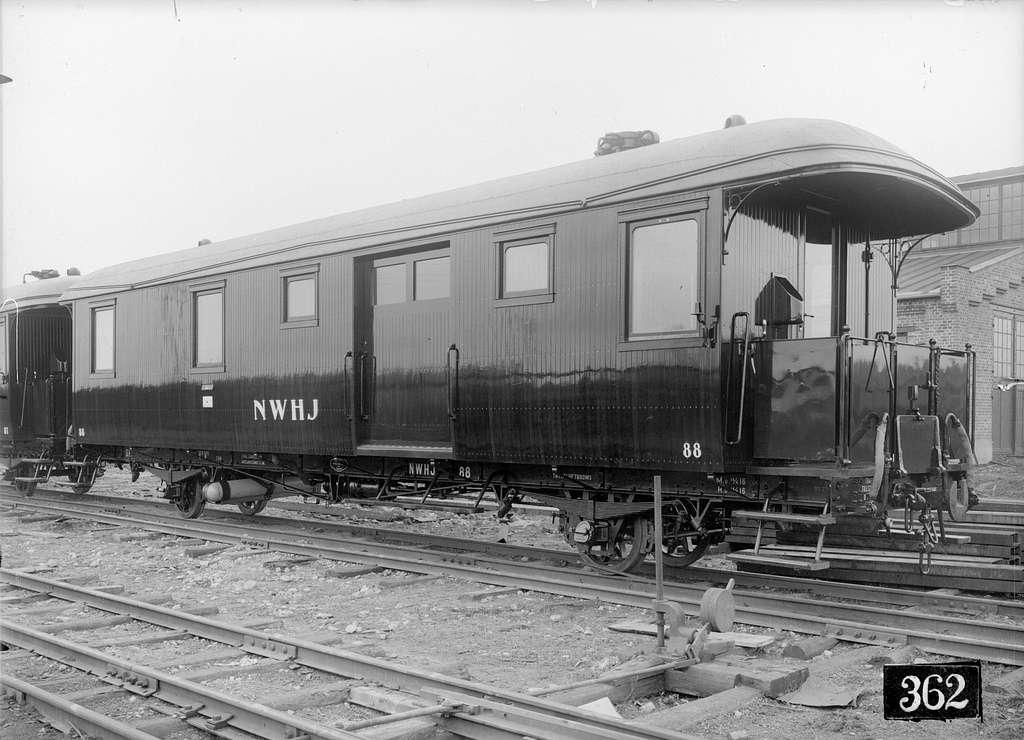 Norsholm - Västervik - Hultsfreds Järnvägar, NVHJ DF 88. Vagn byggd i Linköping 1916.