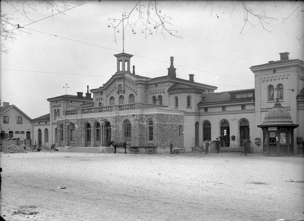 Stationshustillbyggnaden