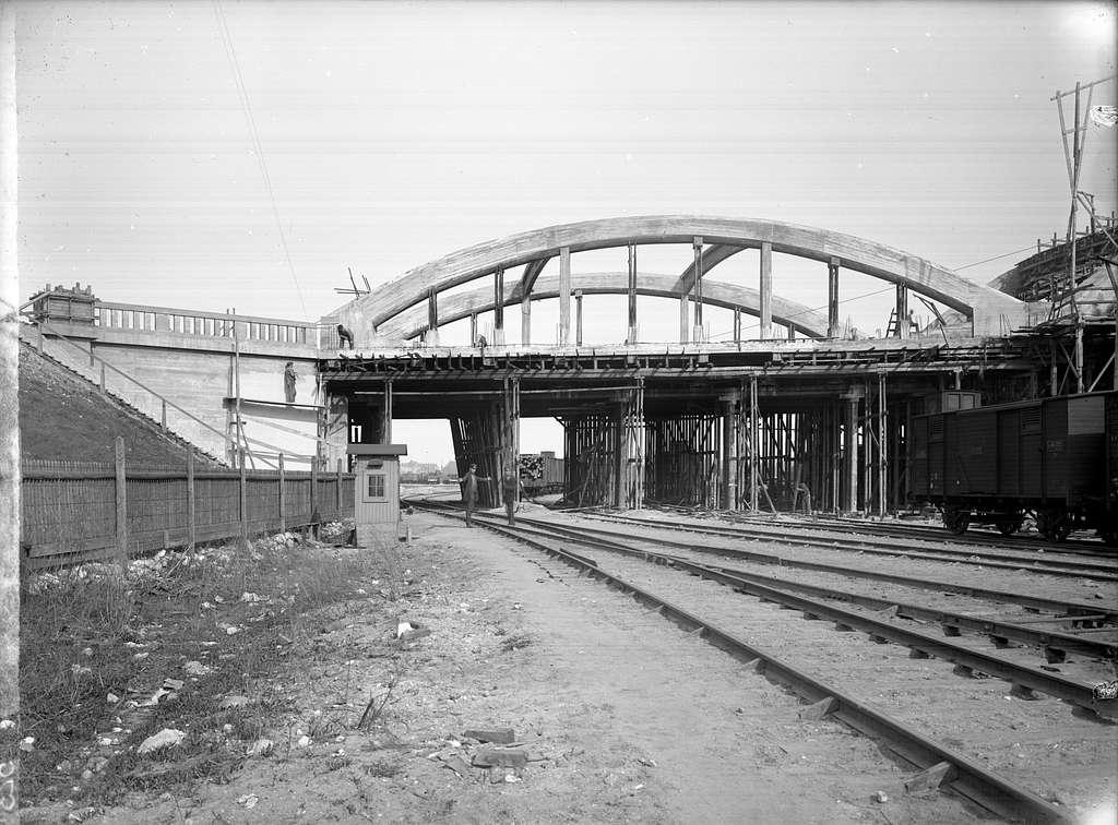 Viadukt över bangård