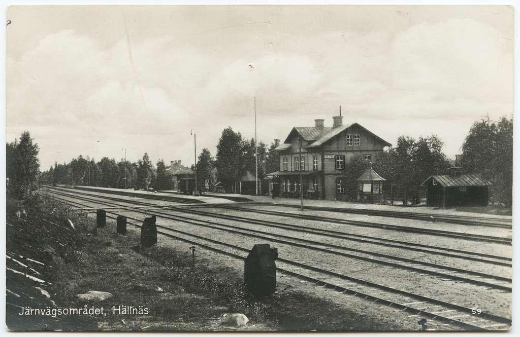 Hällnäs station.