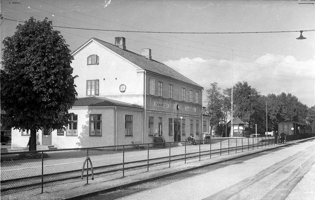 Emmaboda station.
