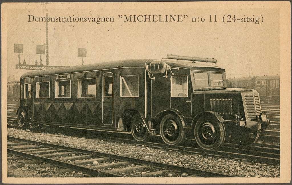 Motorvagn med pneumatiska gummihjul och stålfläns, tillverkad av Michelin och i kommersiellt bruk från 1931.