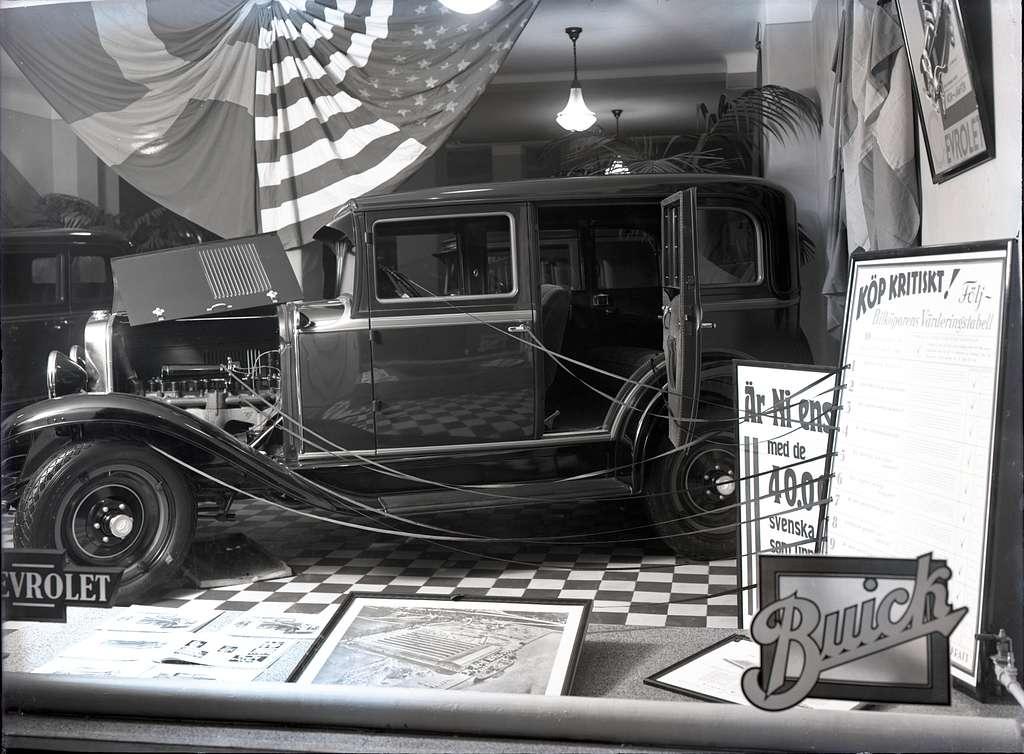 Orig. text: Nya bilförsäljningen, den nya Chevrolet 1930.