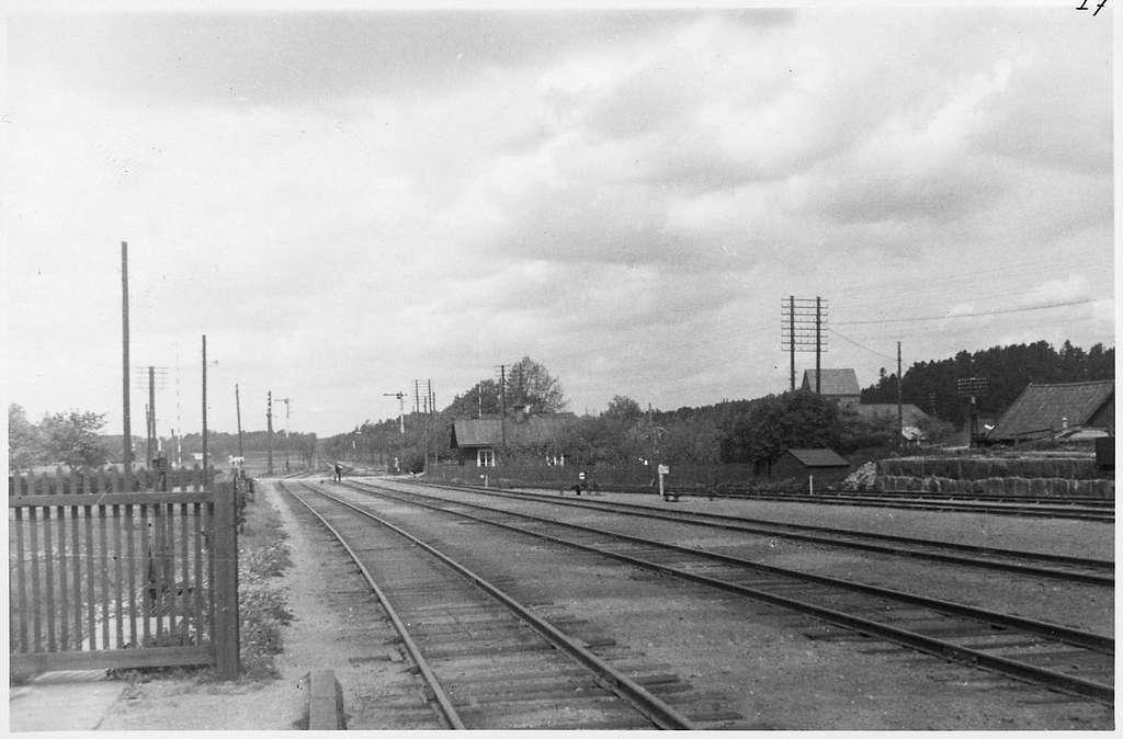Rotebro station.
