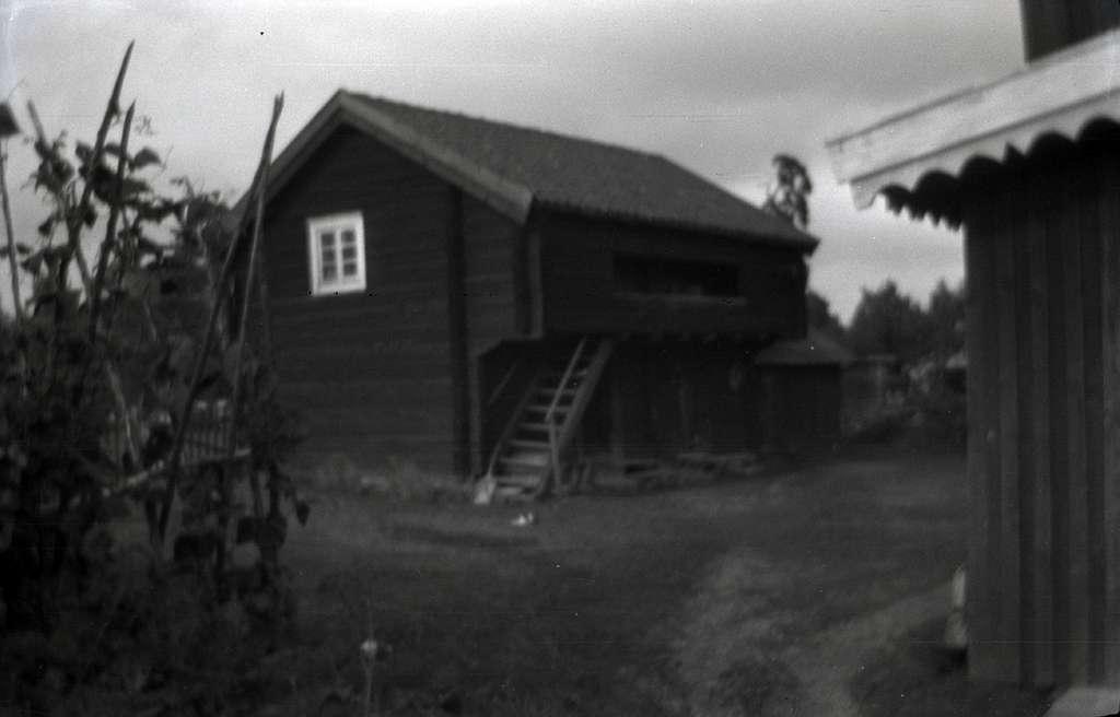 En loftbod i Böle. bilden är något oskarp.