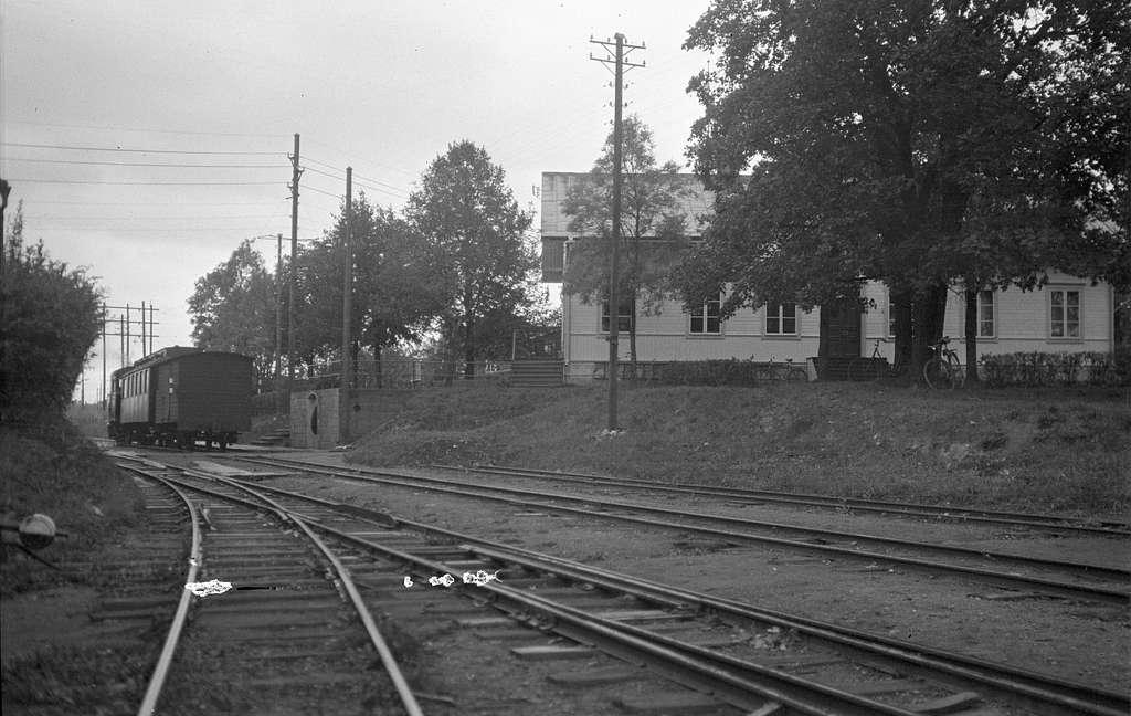 Stationshuset stod ursprunligen i Born.