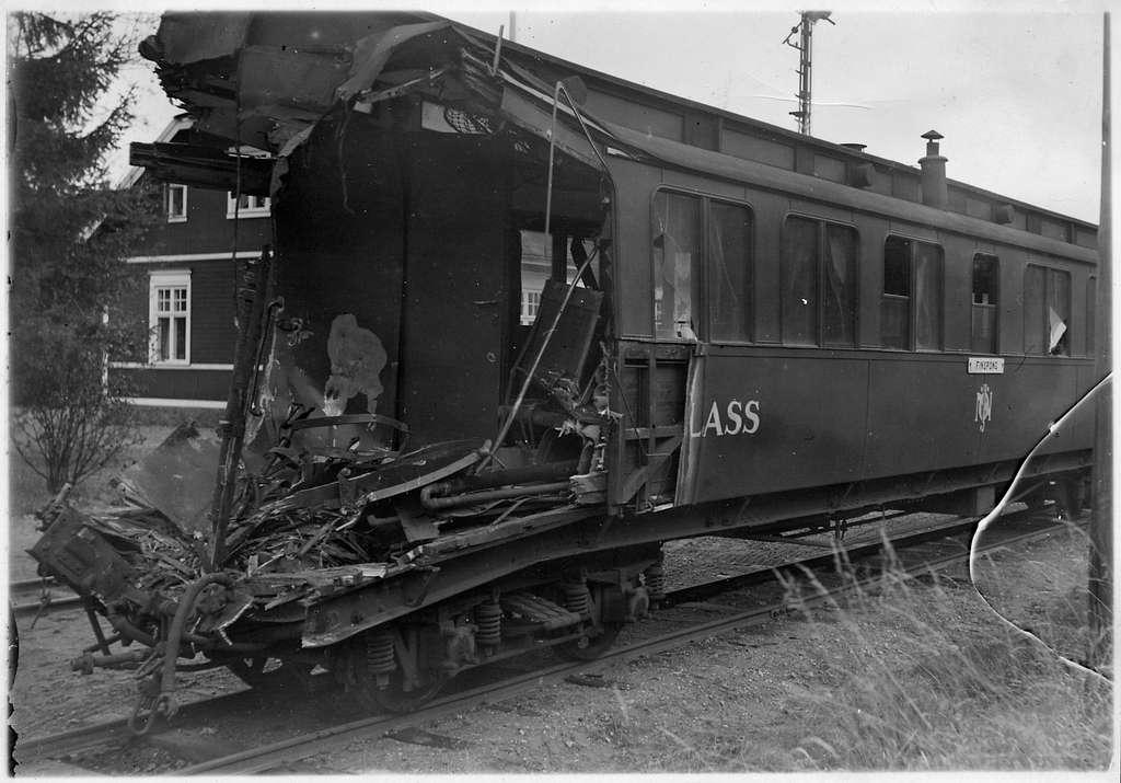 Norra Östergötlands Järnvägar, NÖJ C0 10 vid olycksplatsen nära Aspa på linjen mellan Kimstad och Lillie.