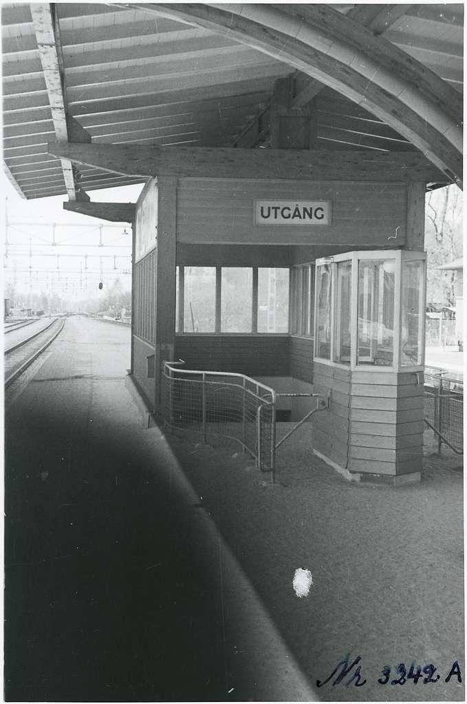 Plattformen på Tureberg station.