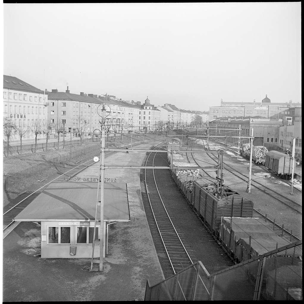 Vy över bangårdsområde i Sundbyberg N.