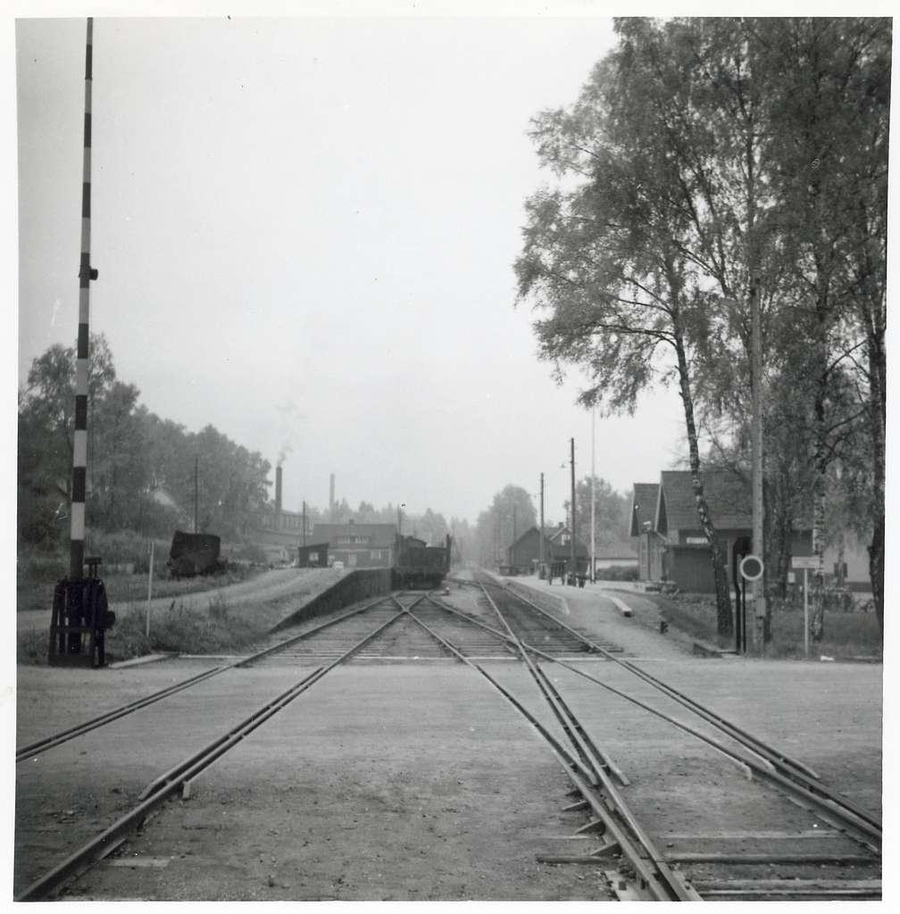 Järnvägsövergång vid Sibbhult station.