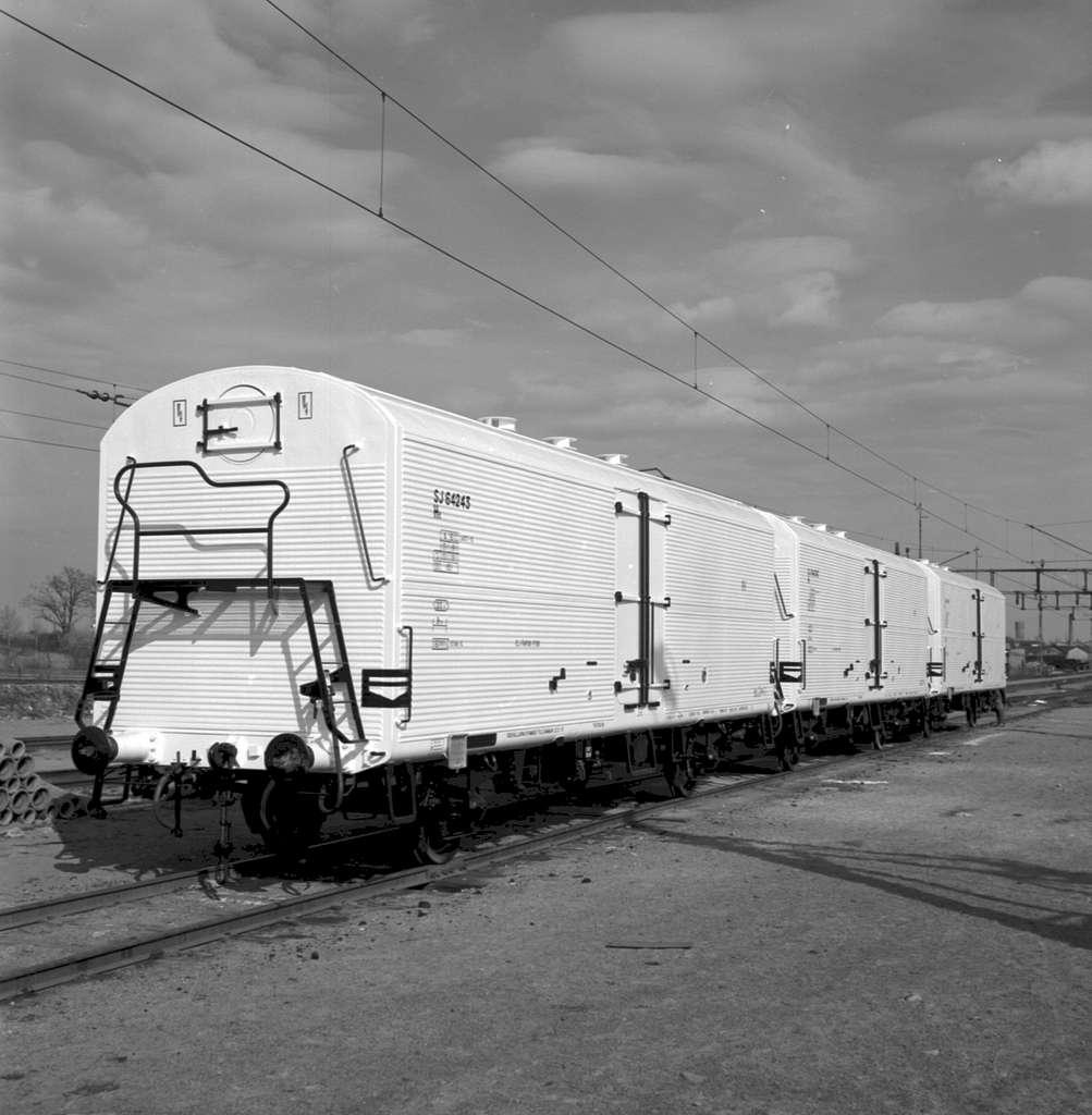 Vagn litt SJ He 64243
