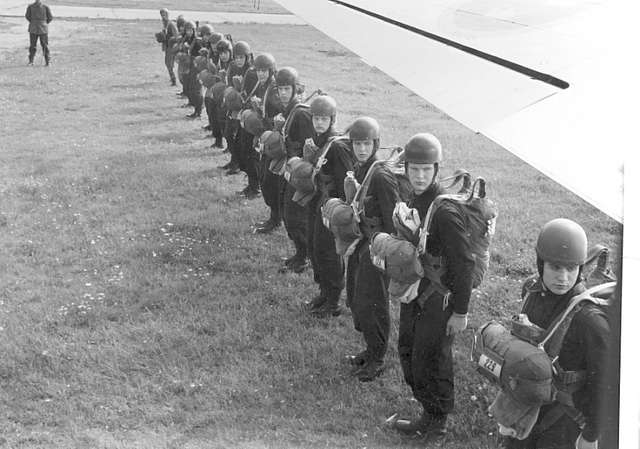 Fallskärmsjägarskolan i Karlsborg 1959.