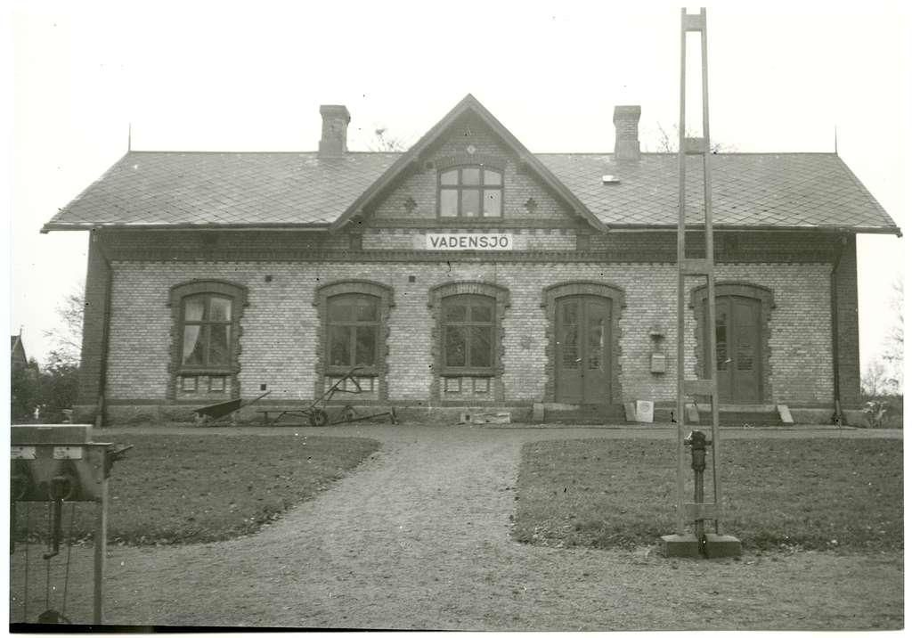 Vadensjö station