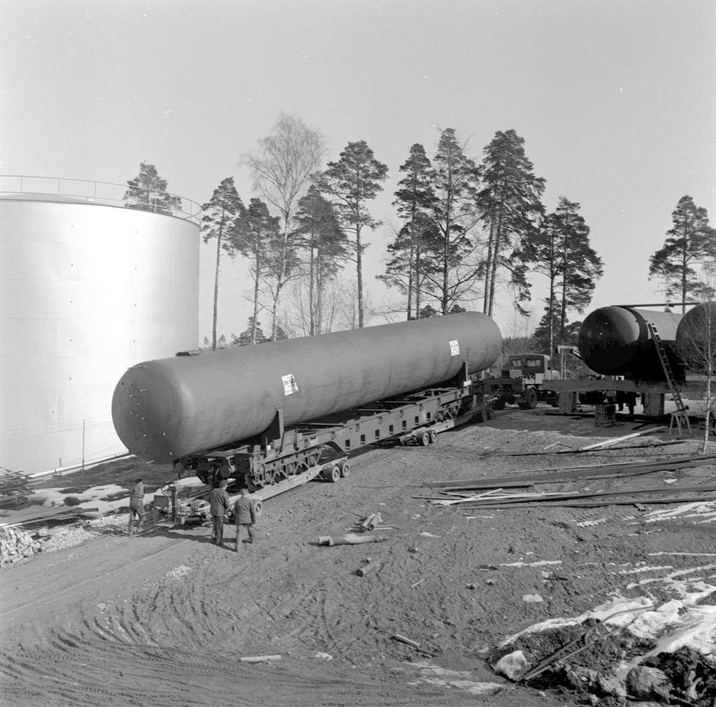 Vagnbjörntransport i Södertälje.