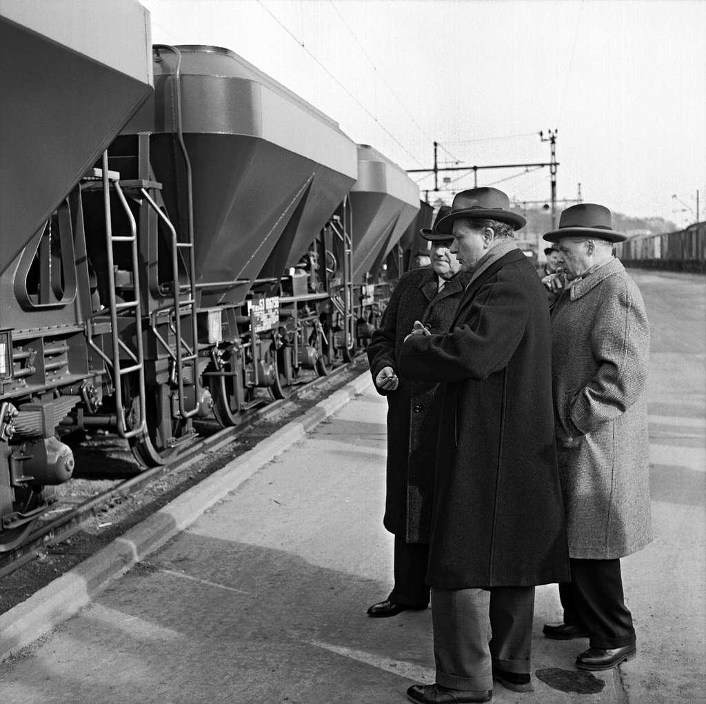 Visning av provmodeller, Mar- och Q12-vagnar.