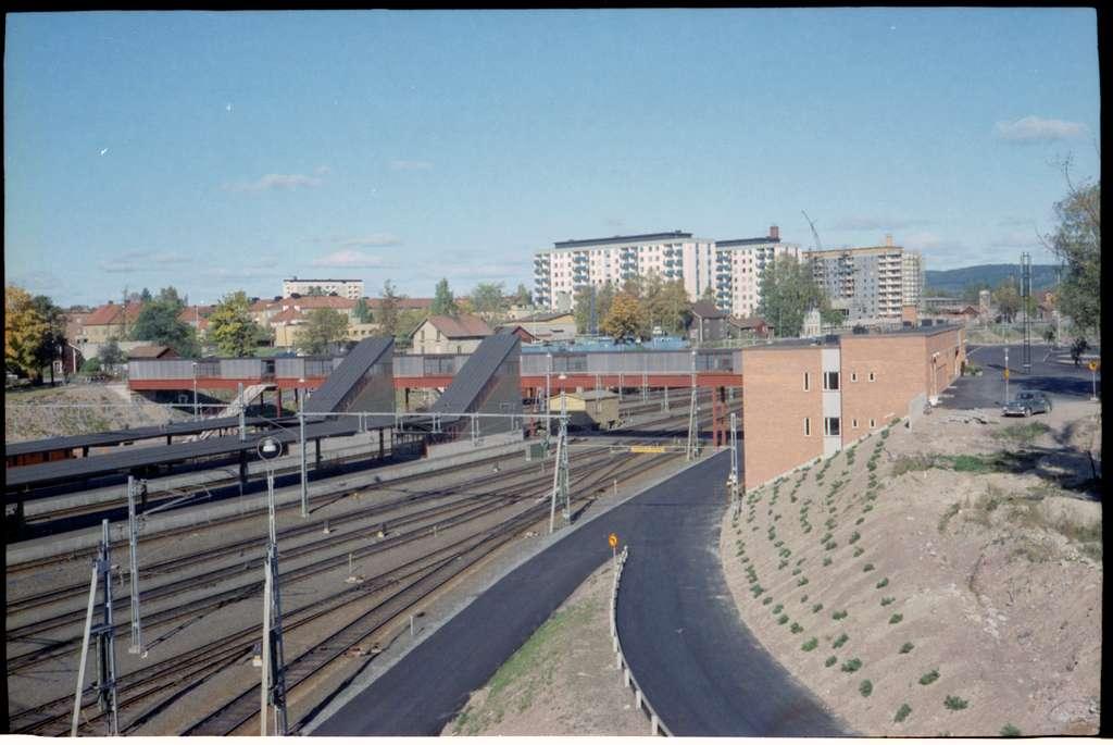 Bangård och stationshus vid Borlänge centralstation.