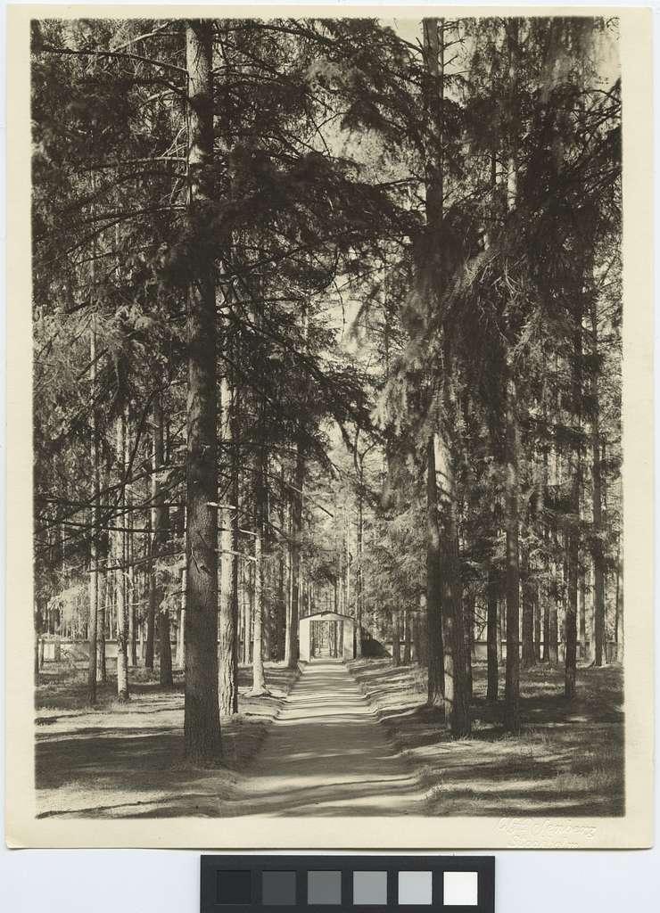Skogskapellet, SkogskyrkogårdenPort