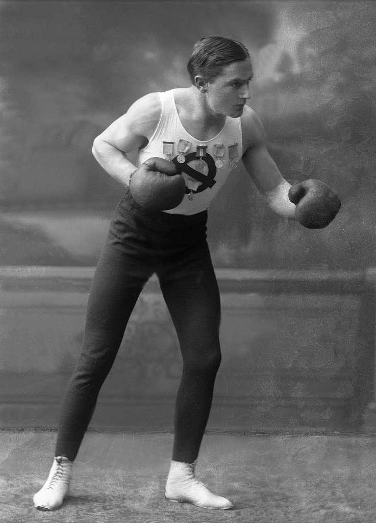 Portrett, bokser. Hr Johannessen, Idrætsforeningen Ørnulf.
